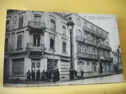 L2 9449 CPA 1915 - 03 VICHY. HOTEL BRITANNIQUE. HOPITAL TEMPORAIRE N°51. - ANIMATION - Militaria