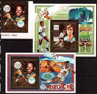 Centrafricaine-1990,(Mi.1526,Bl.555-556),  Football, Soccer, Fussball,calcio,MNH - World Cup