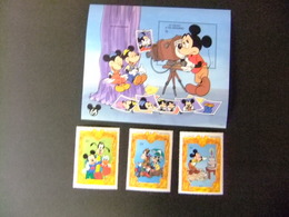 ST. VINCENT The GRENADINES 1994 65 Aniversario De Mickey FHOTO SESSION Yvert  2120+2121+2123+ Bloc 268 ** MNH - St.Vincent Y Las Granadinas