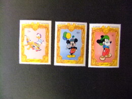 ST. VINCENT The GRENADINES 1994 65 Aniversario De Mickey Yvert 2145 + 2146 + 2147 ** MNH - Disney
