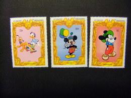 ST. VINCENT The GRENADINES 1994 65 Aniversario De Mickey Yvert 2145 + 2146 + 2147 ** MNH - St.Vincent Y Las Granadinas