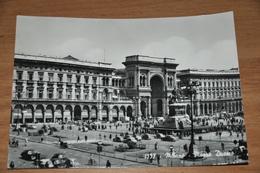 1594- Milano Piazza Duomo - Milano (Milan)