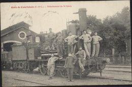 CPA Gare De Courtalain Eure Et Loir Détachement Du 5ème Génie Militaire Groupe Locomotive Train - Courtalain