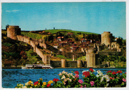 ISTANBUL    BOSPHORUS  FROM  THE  CASTLE  OF  RUMELI HISARI     (VIAGGIATA) - Turchia