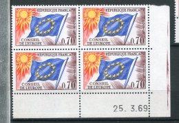6276   FRANCE  Timbre-service 35 ** 70c  Brun-violet, Bleu, Jaune Et Rouge : Conseil De L'Europe   Du 25/3/69  TTB - Hoekdatums
