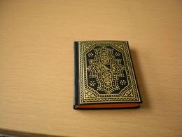 Mini Book Hungary Vestigia Corvinorum Sequentes  Remedia Budapest 1974 - Boeken, Tijdschriften, Stripverhalen