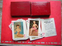 NO PAYPAL RARE JEU / JEUX DE 54 CARTES EROTIQUE AVEC SA BOITE MODELS OF ALL NATIONS FEMMES NUES +1 JOKER ILLUSTRION LOUP - 54 Cards