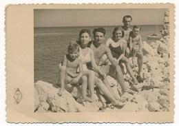 REAL PHOTO -  Two Swimwear Women Men And Kids Boys On Beach Femmes Hommes Enfants Garson Sur La Plage Old  Photo - Personnes Anonymes