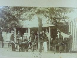 Photo Sur Carton Mess En Plein Air ? 1893 - Guerre, Militaire