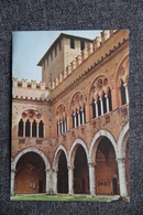 PIACENZA - Palazzo Del Comune, Interno - Pub Au Verso VICEINE. - Piacenza