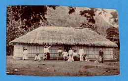 Photographie Originale Ancienne D'une Case Tahitienne - Photos