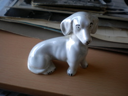Dachshund A Porcelain Figure - Sculptures