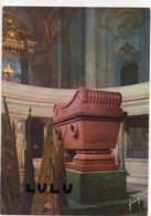 DEPT 75 : Paris 07 : édit. Yvon : Tombeau De Napoléon 1er Dans La Crypte De L Hotel Des Invalides - Arrondissement: 07