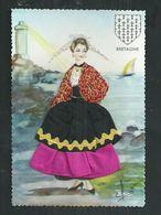 Carte Fantaisie Brodée Costume Régionaux.La Bretagne - Brodées