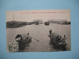 CPA  Viêt-Nam  Tonkin   Haïphong  - Pont Tournant Livrant Passage à Une Chaloupe - 1911 Pour La France - Vietnam