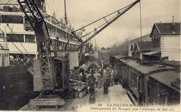 17)   LA   PALLICE   ROCHELLE    -   Embarquement    Des Passagers Por L'Amérique Du Sud - La Rochelle