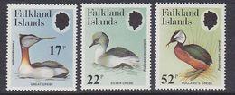 Falkland Islands 1984 Grebes 3v ** Mnh (37824A) - Falklandeilanden