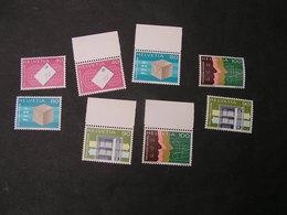 CH Lot  ** MNH - Briefmarken