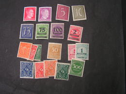DR Lot Infla ** MNH - Briefmarken