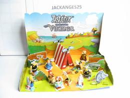 MAXI KINDER ASTERIX ET LES VIKINGS 2006 DIORAMA 10 FIGURINES - Maxi (Kinder-)