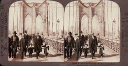 LE PONT SUSPENDU De BROOKLYN Sur La RIVIÈRE De L'EST NEW YORK  ETATS UNIS 1880/1900 ( PHOTO STEREOSCOPIC ) - Stereoscopic
