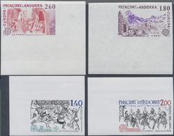 ** 1981/83, 2 Verschiedene CEPT-Ausgaben In 4 Ungez. Eckrandstuecken (Michel: 313-14,334-35 U) - Stamps
