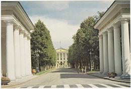 Leningrad: L'Institut Smolny - Smolny Institute -  ( Jumbo Sized Postcard; 25 Cm X 17 Cm !!) - Rusland