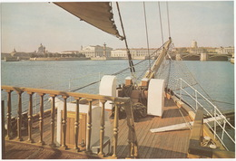 Leningrad: Panorama De La Pointe De L'ile Vassilievski -Split,Vasilyevsky Island- (Jumbo Sized Postcard; 25 Cm X 17 Cm) - Rusland