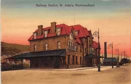 Newfoundland - ST. JOHN'S - Railway Station - Publ. Ayre And Sons 1042. - St. John's