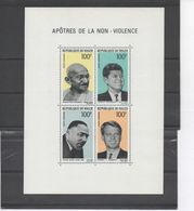 NIGER - Partisans De La Non-violence : J.F. KENNEDY, Robert KENNEDY, Mahatma GANDHI, Martin Luther KING - Niger (1960-...)