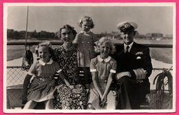 Carte Photo Helsingor - Famille Royale Avec Enfants - Capitaine - Bateau - Photo ELFELT - STENDERS FORLAG - 1954 - Danimarca
