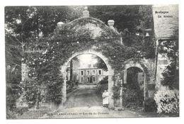 29 - LANDEVENEC, Landevennec - Entrée Du Château - Landévennec