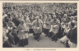 ASIE----CHINE PARIS---les évêques Chinois A Montmartre--voir 2 Scans - Chine
