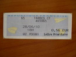 Vignette Distributeur 0.56 TARBES  (65) - 2000 Type «Avions En Papier»