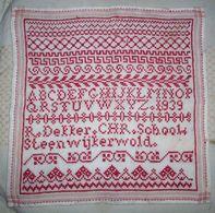 Antique Needlework Napkin R.Dekker CHR School Steenwijkerwold (1939 Dated) - Altri