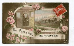 CPA  10  : TROYES   Un Baiser Avec Train VOIR  DESCRIPTIF   §§§ - Troyes