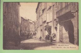 ALAIS : Vieux Marché, Rue Des Arceaux.  Alès. 2 Scans. Edition Chastel - Alès