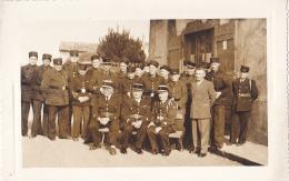 Photographie Sur Carton 97 X 146 Mm - Groupe De Pompiers (certainement Pour Une Sainte Barbe) à Situer, Voir Charnay, 71 - Other