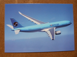 KOREAN AIRLINES  AIRBUS A 330         AIRLINE ISSUE / CARTE COMPAGNIE - 1946-....: Modern Era