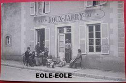 89 - Vente De Deux Cartes Photo - PROVENCY - Cafe - Restaurant - ROUX JARRY - Devanture - Commerce - Epicerie - France