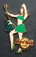 Pin Up Hard Rock Café Barcelona . Serie : Rock All Night Series Girl. - Pin-ups