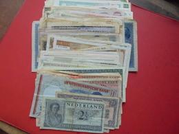 EUROPE/MONDE BON LOT TRES VARIE ENVIRON 140 BILLETS ! - Coins & Banknotes