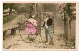S1702 -  Jeux D'enfants - Le Cerceau - Cartes Postales