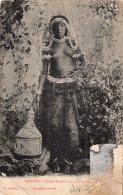 V12257 Cpa Afrique - Djibouti - Femme Dankali En Tenue De Brousse - Djibouti
