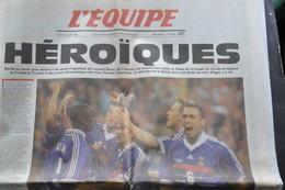 L'EQUIPE Du 9 JUILLET 1998 / MONDIAL DE FOOTBALL / LA FRANCE EN FINALE APRES AVOIR ELIMINE LES CROATES EN DEMI FINALE - Periódicos