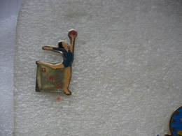 Pin's Gymnartique Rythmique Et Sportive (GRS) - Gymnastics