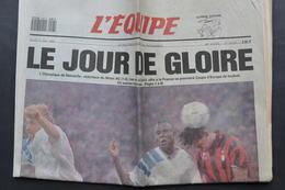 L'EQUIPE Du 27 MAI 1993 / OM CHAMPION D'EUROPE VICTORIEUX DE L'AC MILAN  / LE JOUR DE GLOIRE - Newspapers