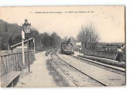 CPA 78 Petit Jouyles Loges La Halte Gare Et Le Train - Jouy En Josas