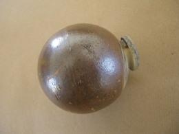 Grenade à Main Japonaise En Céramique, Fin De Guerre (inerte) - Equipement