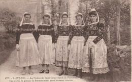 SAINT NIC - Au Pardon De Saint Come - Une Partie Du Groupe De Femmes Ayant Porté La Statue Vénérée 974F - Autres Communes